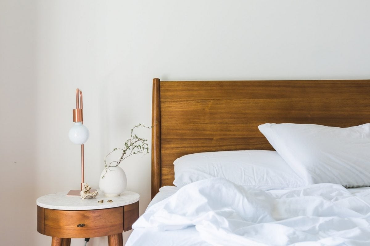 Ways to De-Stress Before Bed to Ensure a Good Night's Sleep